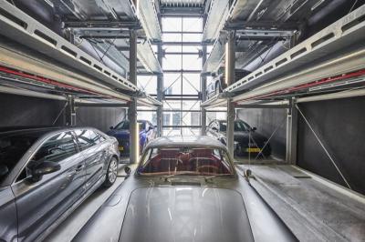 Un parcheggio vista ufficio, così l'auto è sotto controllo