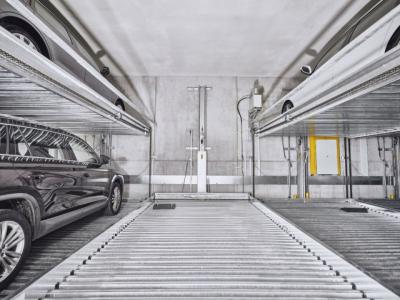 Struttura leggera e funzionale creata in alluminio anodizzato