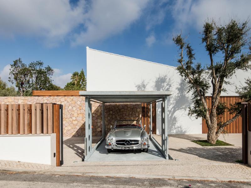 L'ascensore IdealPark brilla in Algarve: quando la funzionalità sposa l'estetica