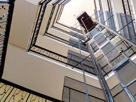 Ascensori, montacarichi e servoscala rientrano tra le opere di edilizia libera